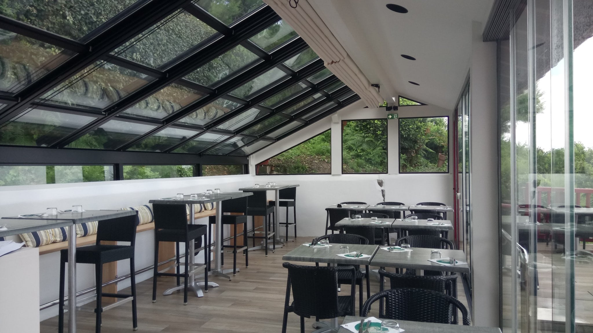 Retractable Roof Systems and Sunroom systems